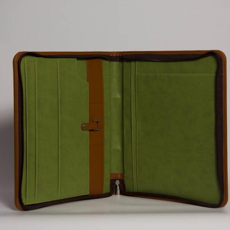 Carpeta De Mano PD-01418: Catálogo de M.G. Piel
