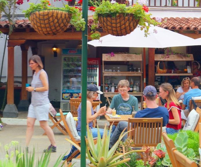 La Casa del Drago WineandCheese Tapas bar.