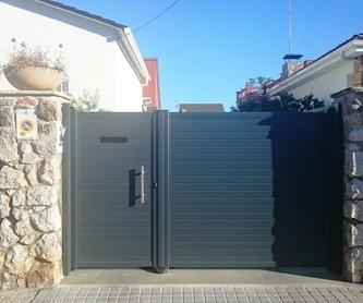 Puertas de garaje: Productos de Alucast De Iborra