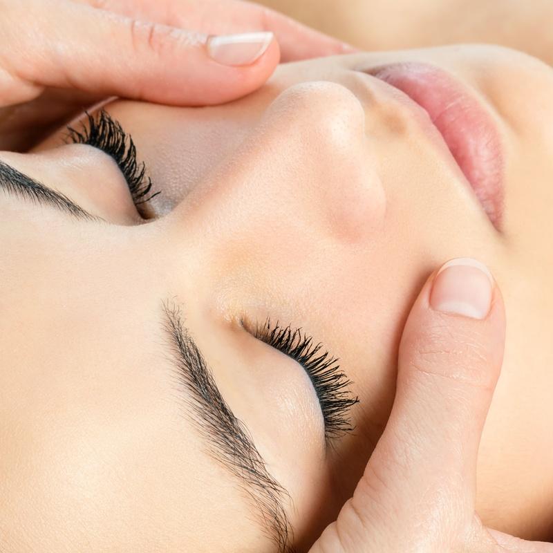 Rejuvenecimiento facial: Servicios y tratamientos de Peluquería y Estética Amaia