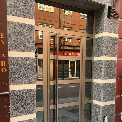 #Puerta de comunidad acabado inox Gijón