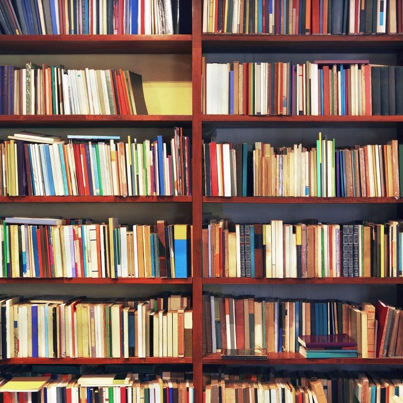 Librería: Servicios de Centro M.A.