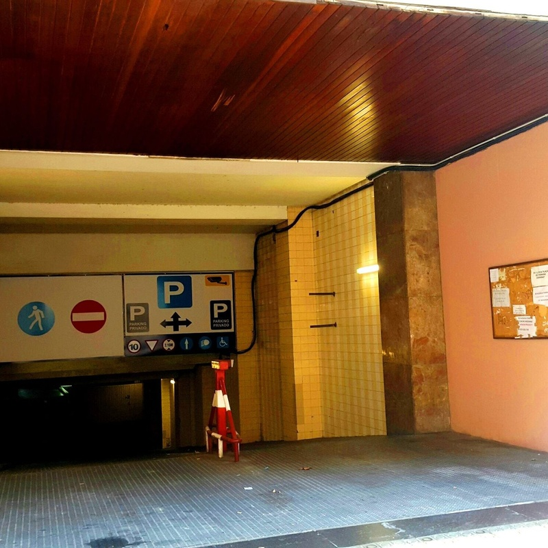 Entrada Rampa Calle Entença 24