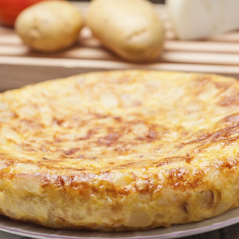 Tortilla de patata con cebolla: Nuestros productos  de Precocinados Mi Tierra