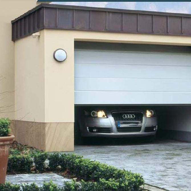 Clases de puertas automáticas de garaje