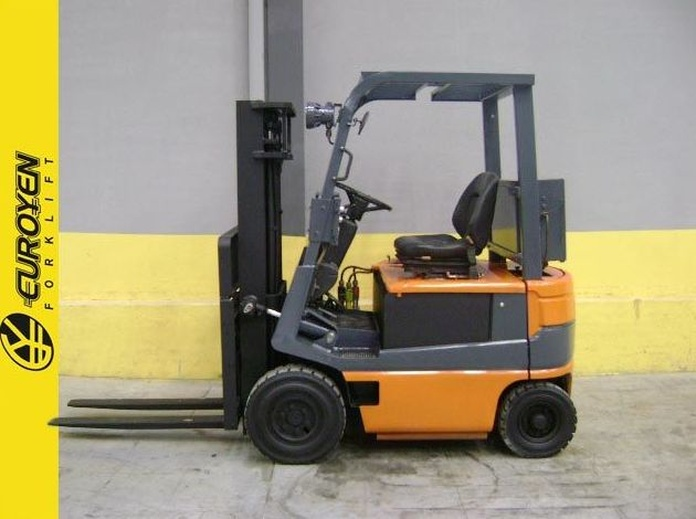 Carretilla eléctrica TOYOTA Nº 5418: Productos y servicios de Comercial Euroyen, S. L.