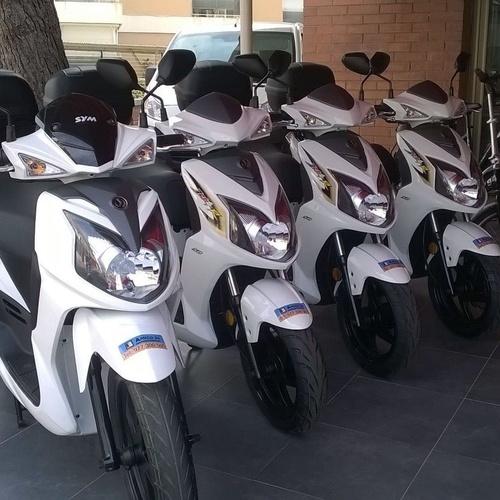 Alquiler de motos en Salou y Cambrils