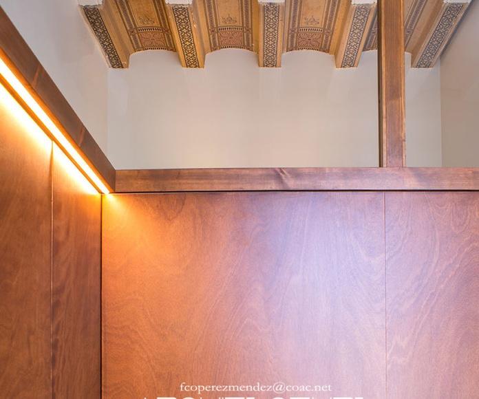 Puertas Correderas en Dormitorio-  Se mantienen los dibujos rescatados en las vueltas.-
