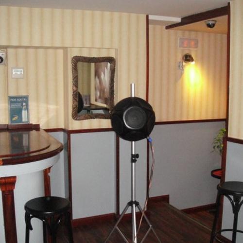 Ensayo de aislamiento a ruido aéreo en pub