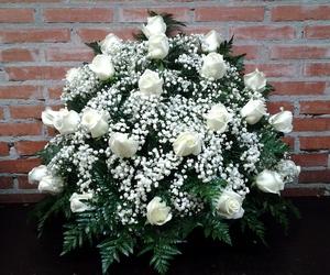 Centro a una cara de 18 rosas