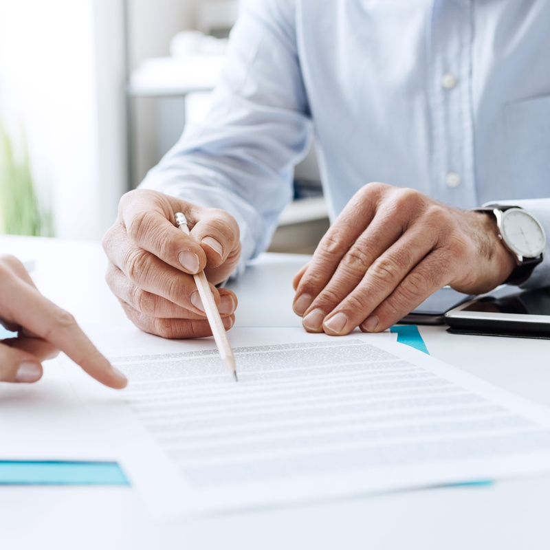 Administrativo: Nuestras especialidades de Clam Advocats, S.C.C.L.