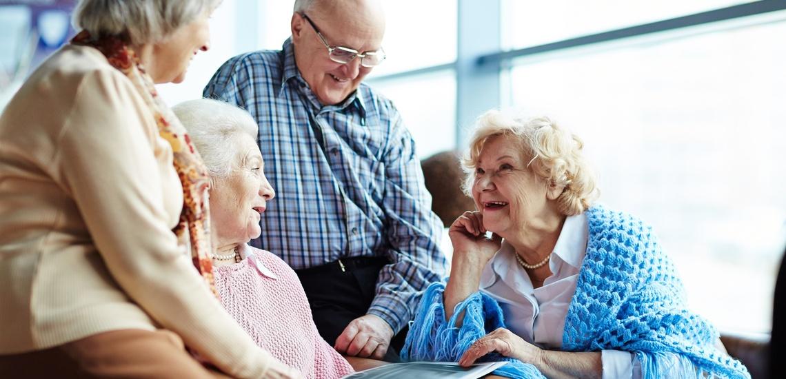 Asistencia a domicilio a personas mayores en Gracia: calidad