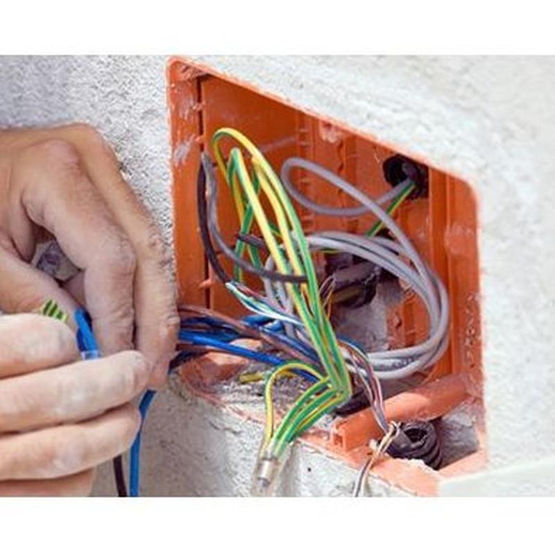 Electricidad: Servicios de Asturcore