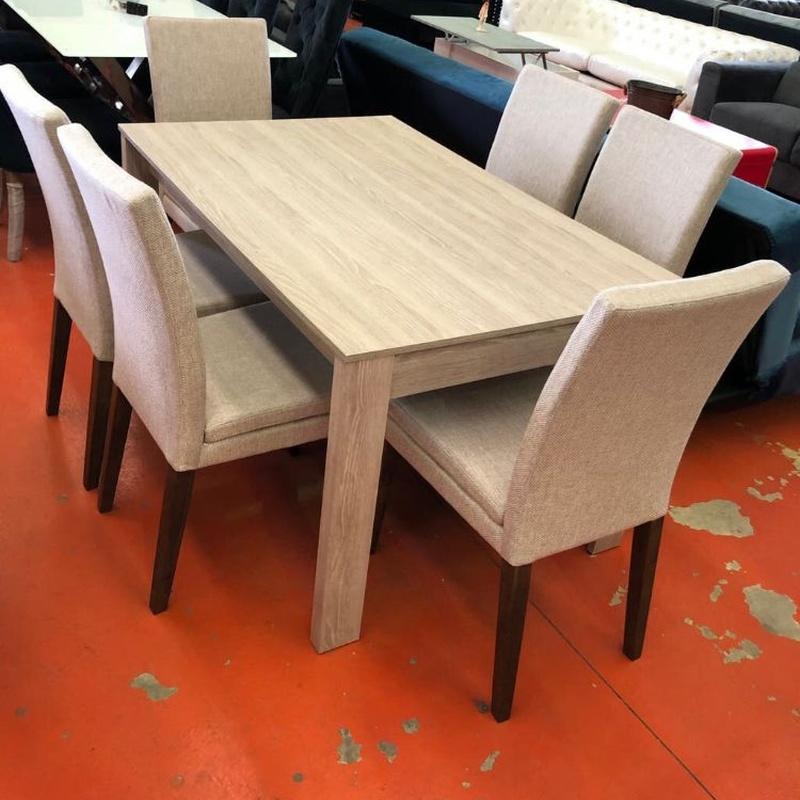 Mesa de madera y 6 sillas: Productos de Remar Castellón