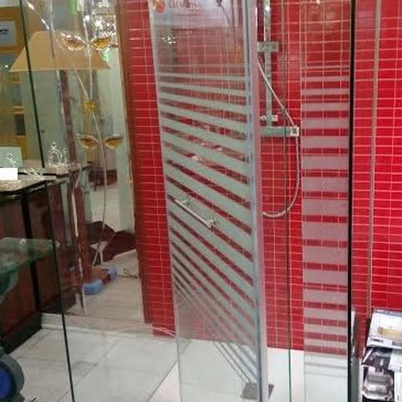 Mamparas de ducha para personas con movilidad reducida en Santurtzi