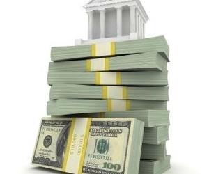 Pleitos contra bancos por cláusulas suelo y ejecuciones hipotecarias