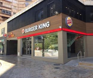 BURGER KING®. Acondicionamiento acústico y decorativo, BURGER KING® - Av. de la Libertad MURCIA.
