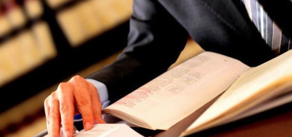 Contratos: Servicios de Gómez de Juan Abogados
