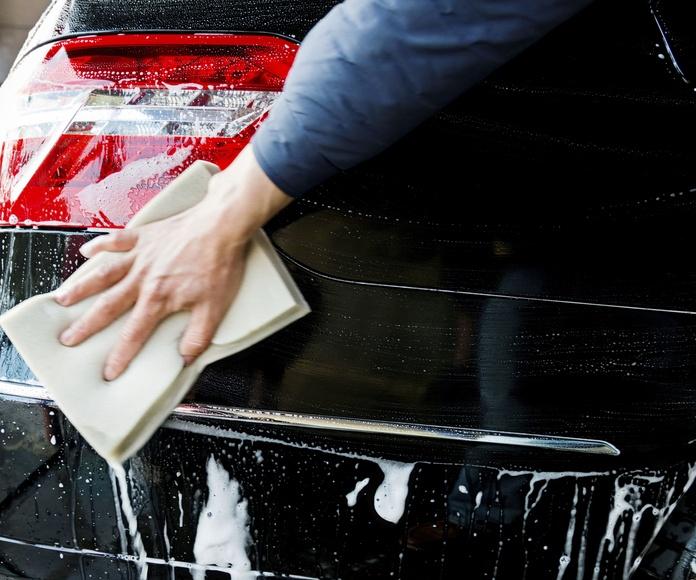 Limpieza del automóvil: Servicios de Artime Motor