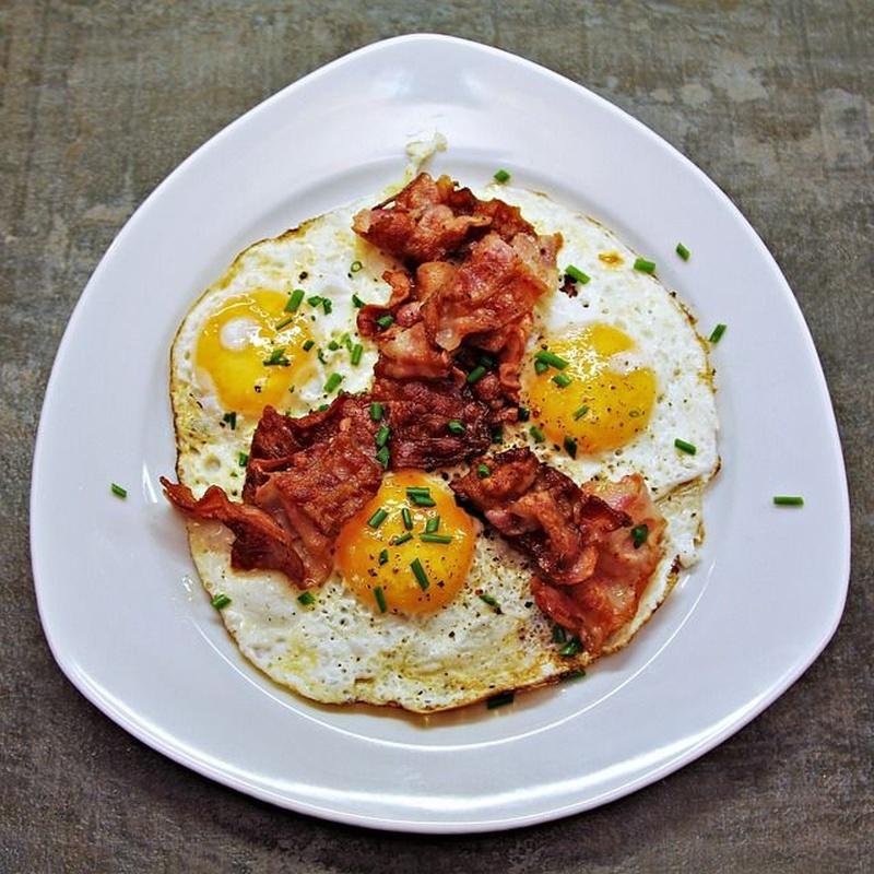Desayunos al plato: Carta de El Refugi de Roda