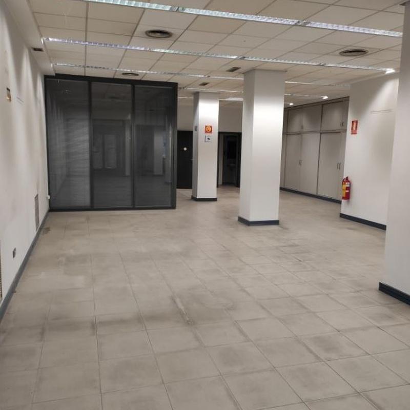 Leon XIII nº 18, local de 200 metros. Anterior uso Entidad Bancaria. :  de Fincas Goya