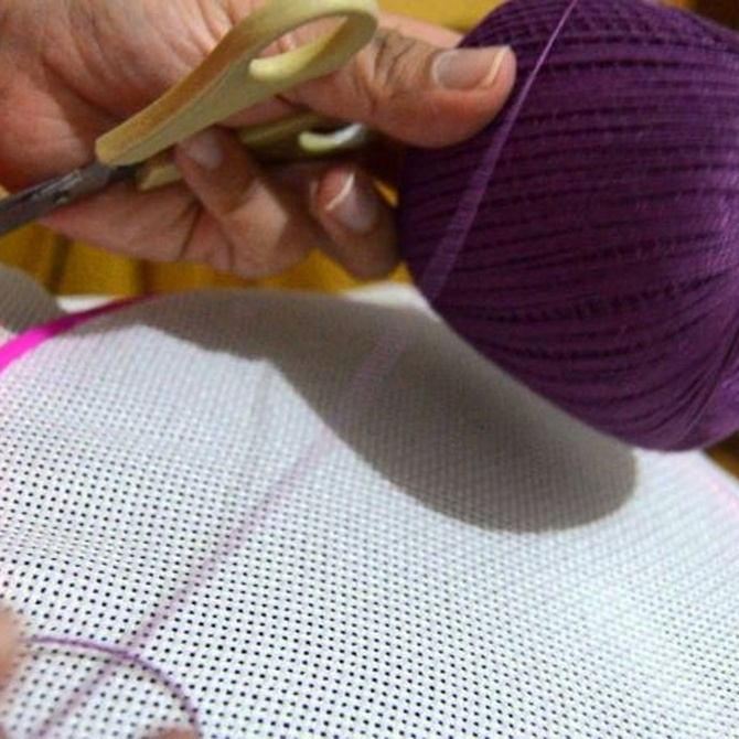 La tradición española del taller de bordados