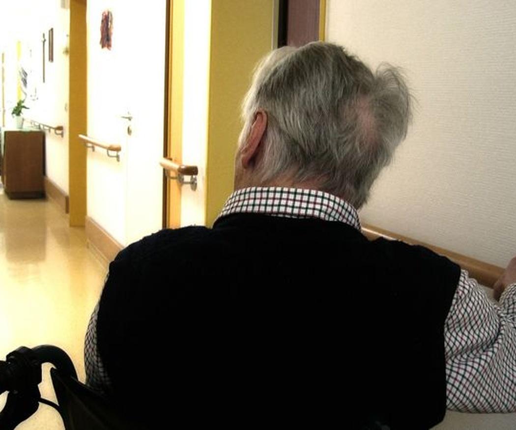 Cómo contarle a un niño que su abuelo sufre Alzheimer