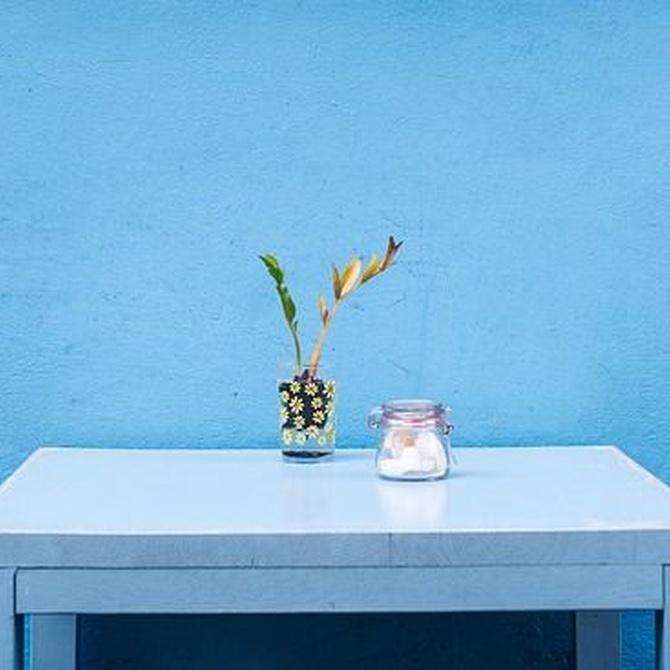 Compra muebles antiguos para decorar tu casa