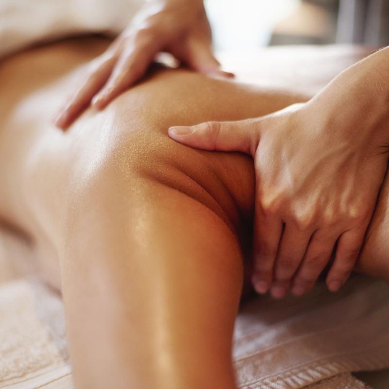 Masajes Terapéuticos: Servicios de Esteticris