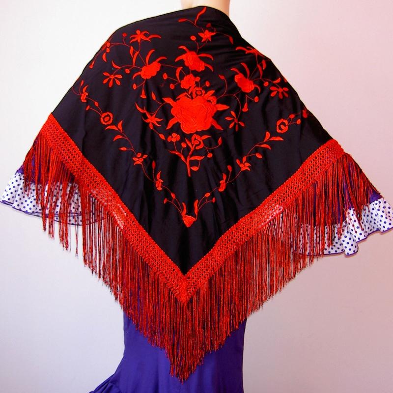Mantón mediano negro-rojo 2fleco