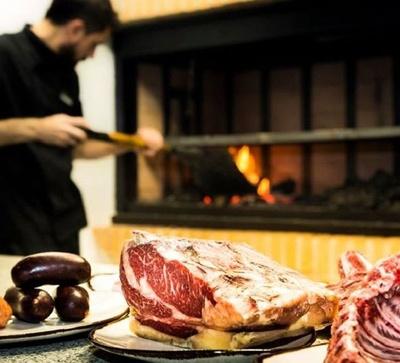 Todos los productos y servicios de Asadores: Restaurante El Roble Hotel AB Arganda