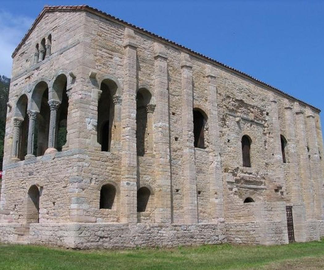 Santa María del Naranco, joya del prerrománico