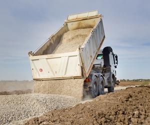 Expertos en el transporte de áridos y materiales de construcción en Madrid