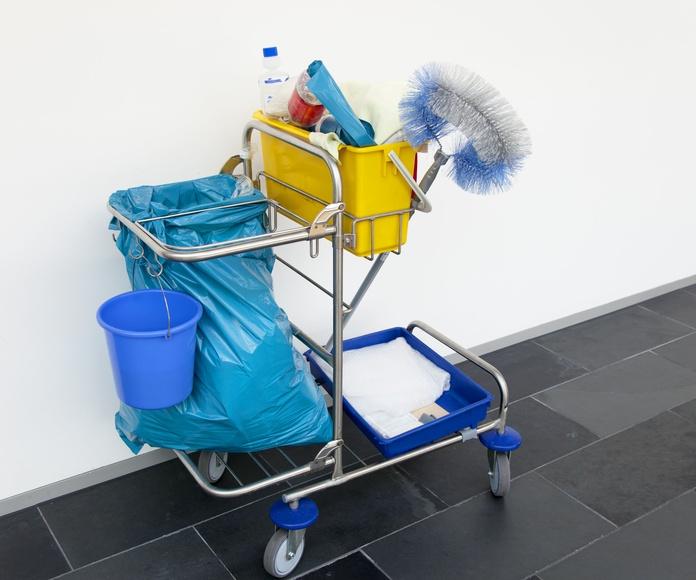 Contrata la limpieza de tu comunidad y consigue el mantenimiento gratis