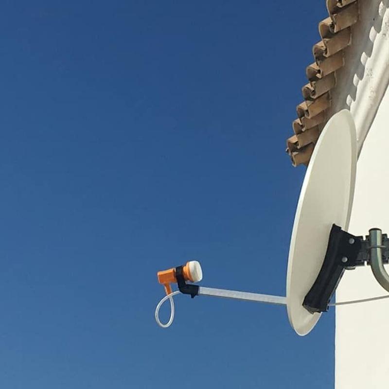 Confía en Sando' s para instalar antenas parabólicas