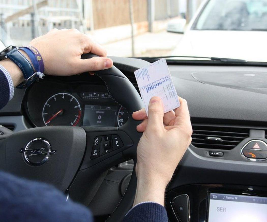 Las razones de la renovación del carné de conducir