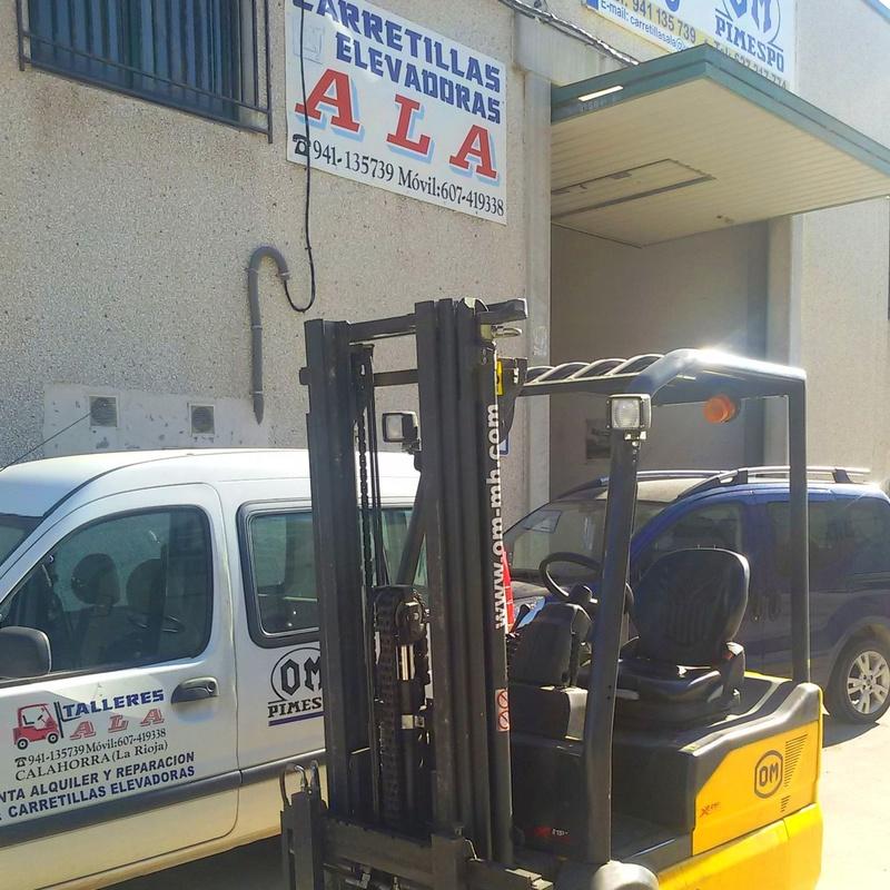 CARRETILLA REACONDICIONADA Y BATERÍA NUEVA: Maquinaria de ocasión de Carretillas Elevadoras A.L.A., S.L.
