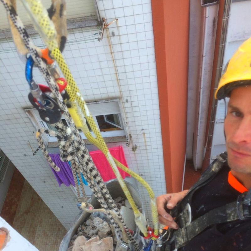 Sistemas en suspensión de cuerdas industriales en Cantabria