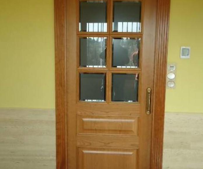 Puertas de interior con cristalera: Servicios de Carpintería Quiver, S. L.