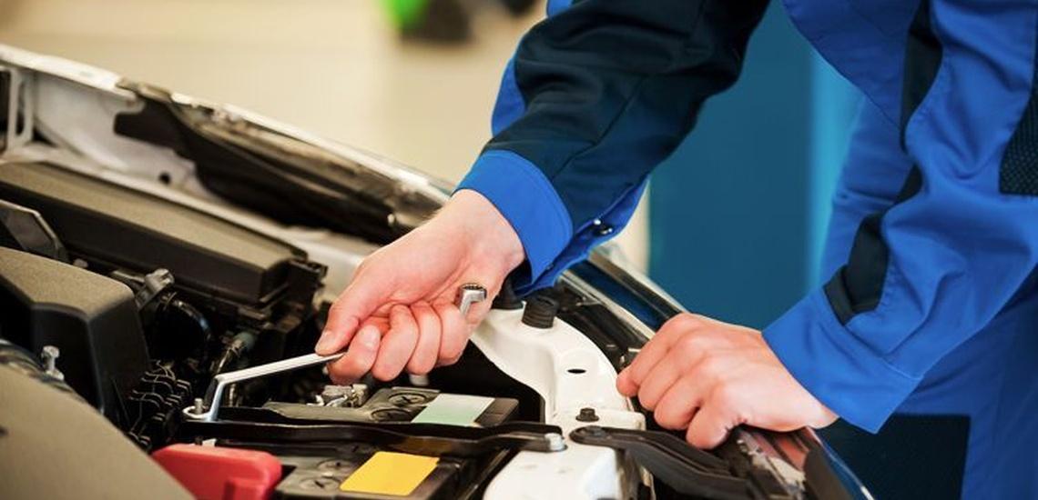 Mecánica en talleres de automóviles en Chamberí, Madrid