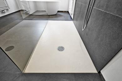 ¿Pintura para platos de ducha de resina? Somos su empresa: Jasoval Tel: 647 59 40 95