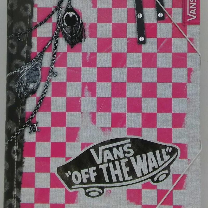 Carpeta clasificadora VANS OFF THE WALLS. SENFORT