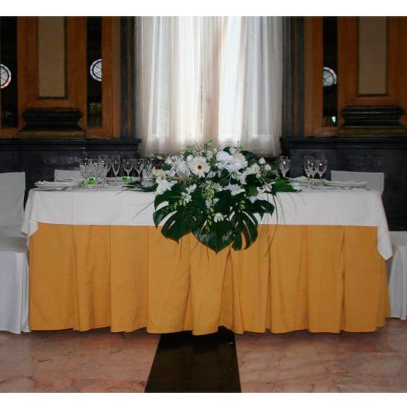Decoración para restaurantes: Productos de FLORISTERÍA CASA BASUSTA