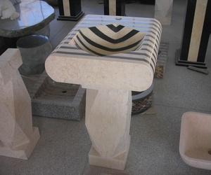 Lavabo de mármol combinado con pie