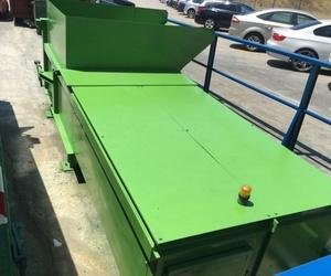 Contenedores metálicos para reciclaje en Valencia