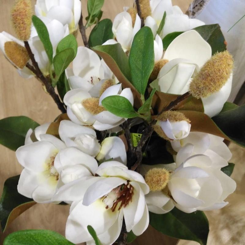 Decoración flores artificiales