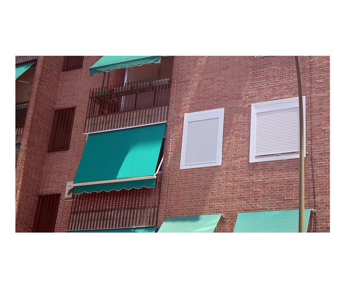 Toldos: Productos de Carpintería de PVC y Aluminio Ercalum, S.L.