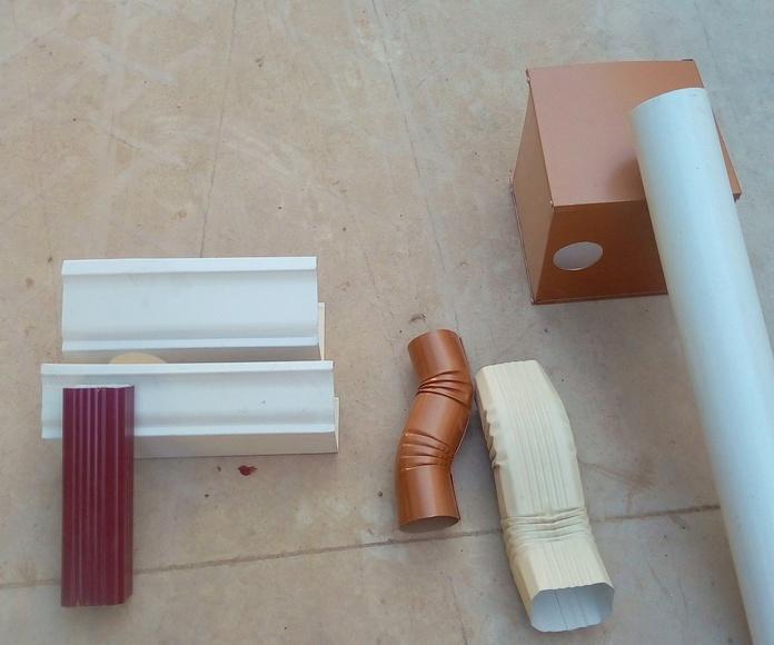 Ejemplos de canalón de aluminio cornisa, colector bajadas rectangulares y redondas en aluminio.