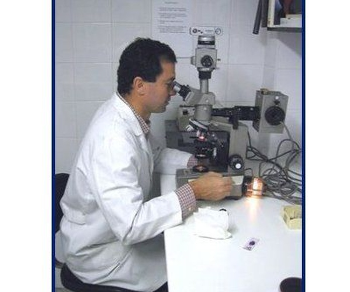 Laboratorio: Farmacia y laboratorio de Farmacia y Laboratorio clínico Joaquín Blanco y Ana Albalat