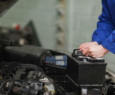 Cómo saber si la batería de tu coche está fallando